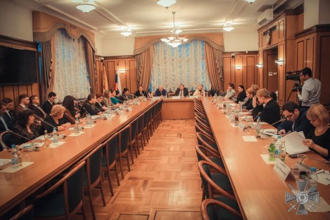 Кръгла маса: «Ролята на жената в регионалните военни конфликти»