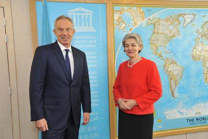 Бокова и Блеър за глобален ангажимент за борба срещу екстремизма чрез образование