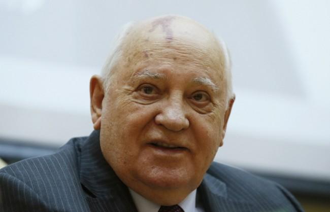 Путин поздрави Горбачов за рождения му ден
