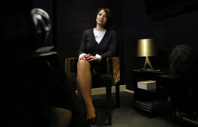 Кери връчи награда за храброст на дъщерята на Немцов