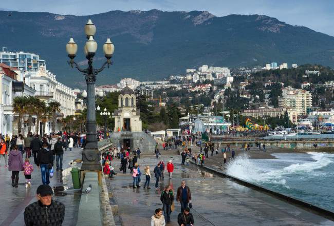 Евродепутати ще присъстват на голям икономически форум в Крим за първи път след присъединяването му към РФ