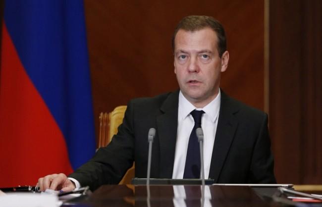 Медведев изрази съболезнования към турския народ след терористичното нападение в Анкара
