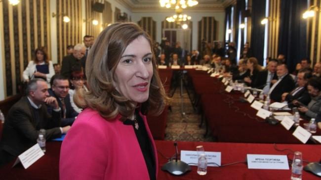 Ангелкова: Българският бизнес отчита все по-голям интерес от Русия