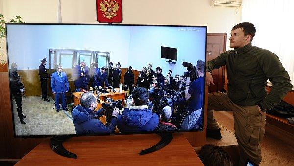 Песков за предложението на Порошенко: Русия ще действа според закона