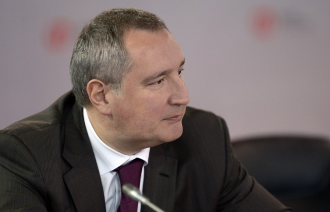 Рогозин отговори на обвиненията на НАТО за неточни удари в Сирия