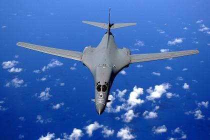САЩ разполагат тежки бомбардировачи в Австралия