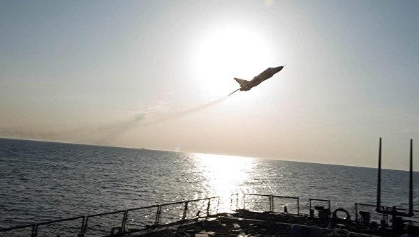 Защо руските самолети бръмчат около американските военни кораби