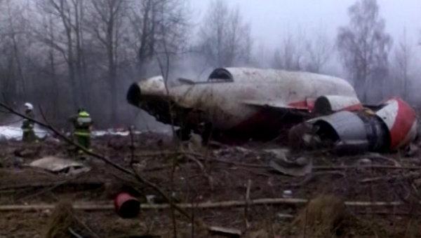 Лех Валенса: Братята Качински сами са виновни за катастрофата край Смоленск