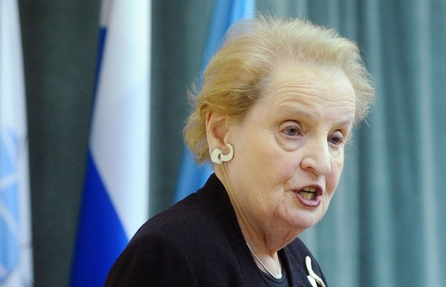 Захарова посочи противоречията в изказванията на Мадлин Олбрайт за Русия