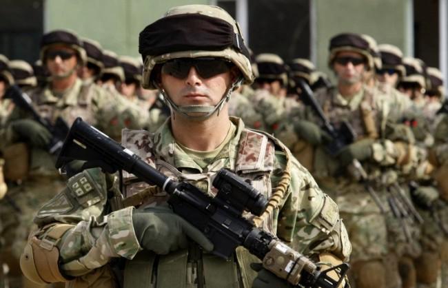 Председателят на Военния комитет на НАТО е против създаването на военни бази по границите с Русия