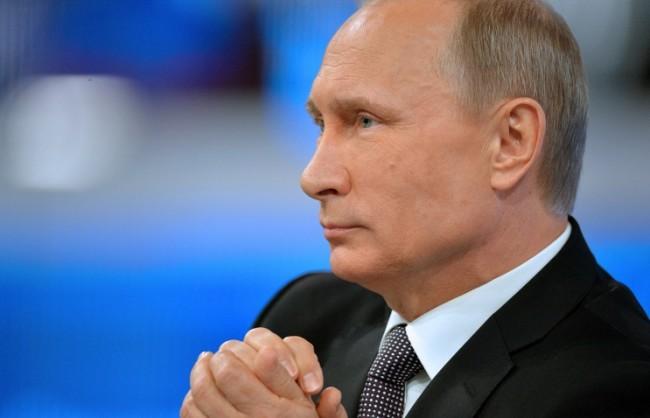 """Тазгодишната """"Пряка линия"""" с Путин ще се проведе на 14 април"""