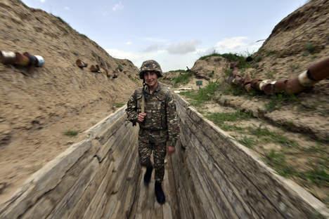 Русия е заобиколена от замразени конфликти