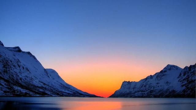 Руски учени откриха озонова дупка над Арктика