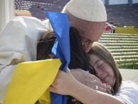 Украинските медии объркаха символа на синдрома на Даун с украинското знаме