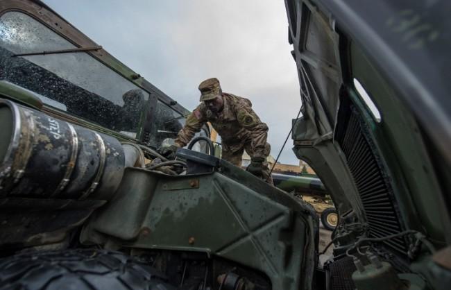 Молдовската опозиция блокира американски войници на границата с Румъния