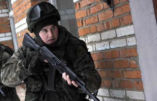 Националната гвардия на Русия ще бъде въоръжена с модернизирани автомати