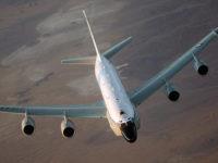 Американски самолет-разузнавач лети в близост до руските граници за четвърти път тази седмица
