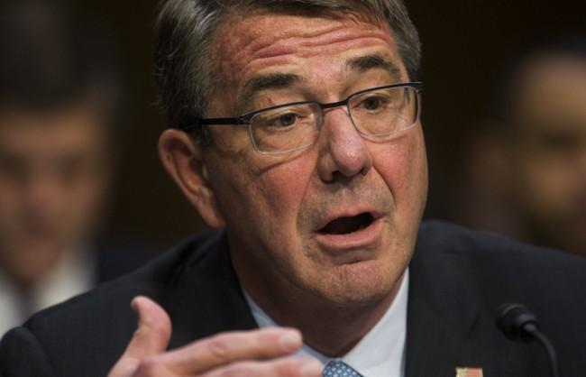 """Шефът на Пентагона нарече """"опасно"""" поведението на руските военни самолети"""