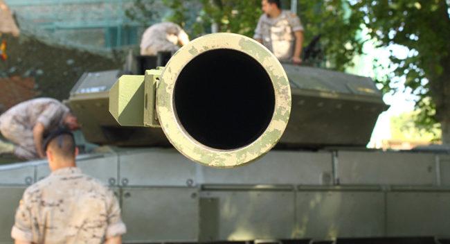 Германците твърдят, че са създали оръдие, което може да разруши руския танк Армата