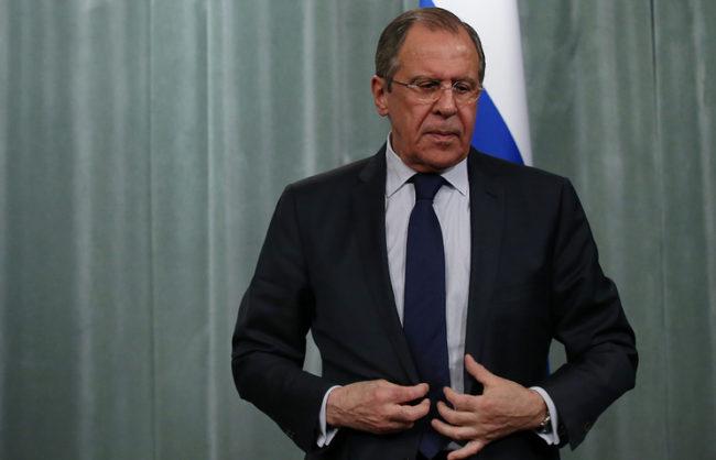 """Лавров: Москва ще предприеме воени мерки, ако """"Ислямска държава"""" започне да се прехвърля от Мосул към Сирия"""