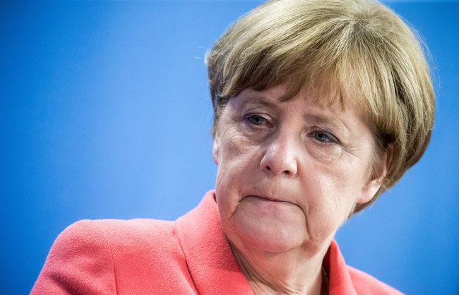 Немски правозащитници изпратиха открито писмо до Меркел с призив за подобряване на отношенията с Русия