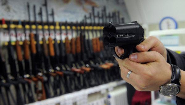 Наришкин: Американските власти трябва отново да обсъдят въпроса за свободната продажба на оръжия