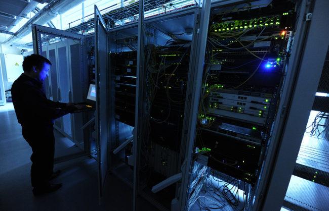 Шест руски банки са станали жертви на киберпрестъпления през март и април