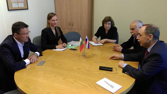 Среща на посланик Бойко Коцев с директора на Държавната библиотека за чуждестранна литература