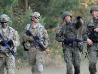 НАТО може да разположи войска на сто километра от Калининград