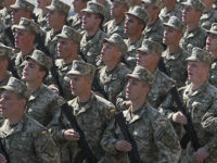Новите пагони на украинските военни с нацистка символика