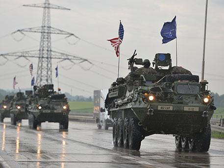 Западни медии: САЩ използват НАТО за задълбочаване на конфликта с Русия