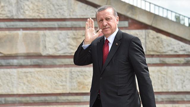 Ердоган пристигна в Санкт Петербург