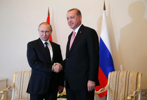 "Путин и Ердоган размразиха проекта ""Турски поток"""