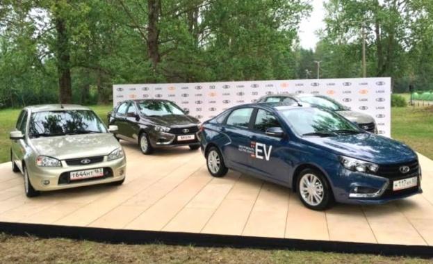 """""""Росатом"""" и АвтоВАЗ представиха новата електрическа LADA Vesta EV"""