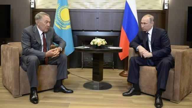 Порошенко бил готов за компромис за Донбас, твърди президентът на Казахстан