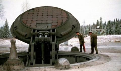 Разузнавачи: Путин строи бункери за ядрена война