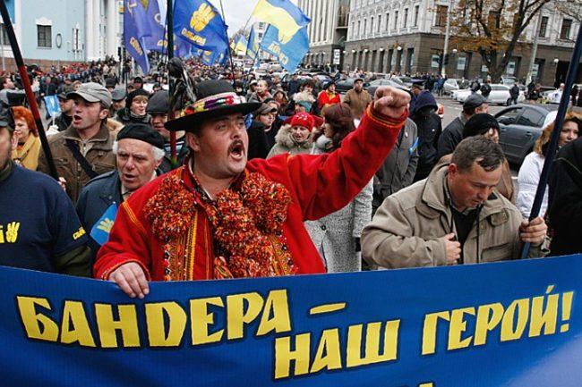 Защо Европа и САЩ се правят, че не забелязват фашизацията на Украйна?!