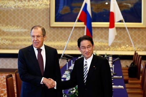 Япония ускорява икономическото си сътрудничество с Русия