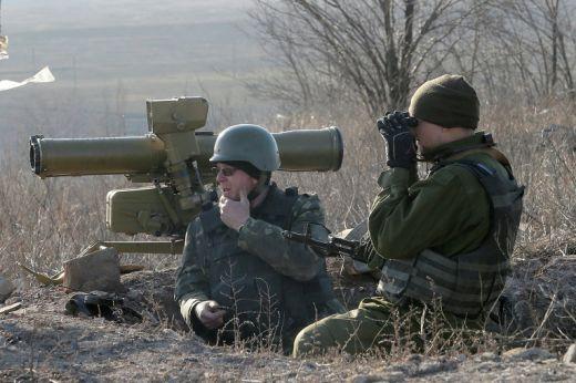 Киев и ДНР и ЛНР се споразумяха за изтегляне на войски и техника от райони в Източна Украйна
