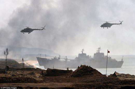 Daily Mail: Военните учения в Крим дават да се разбере, че Русия няма да даде полуострова