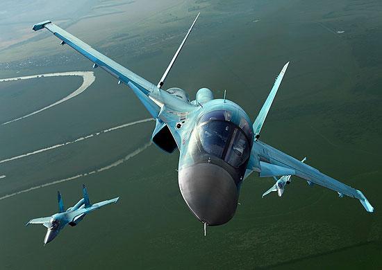 Су-34 летя в стратосферата – Видео