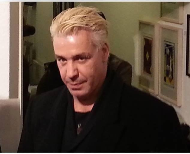 Вокалът на Rammstein ще представи своя стихосбирка в Москва