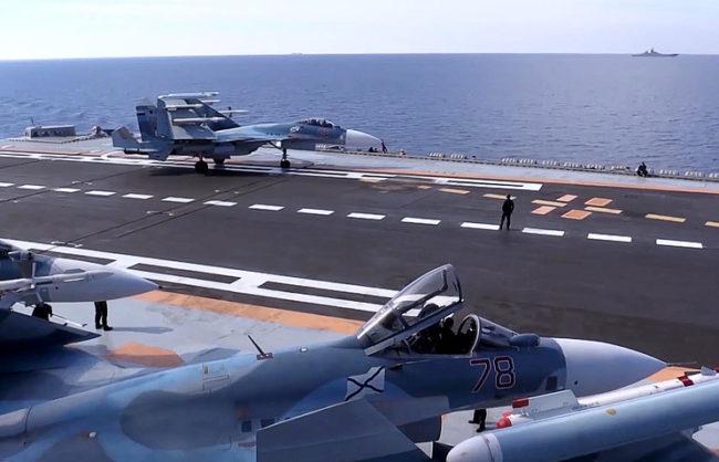 """Изтребители от """"Адмирал Кузнецов"""" унищожиха най-малко 30 джихадисти"""