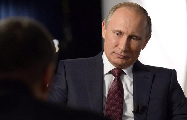 """Владимир Путин даде интервю за филма на Оливър Стоун """"Украйна в огъня"""""""