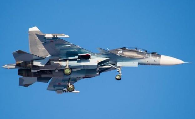 Новият руски изтребител Су-30СМ излетя за първи път