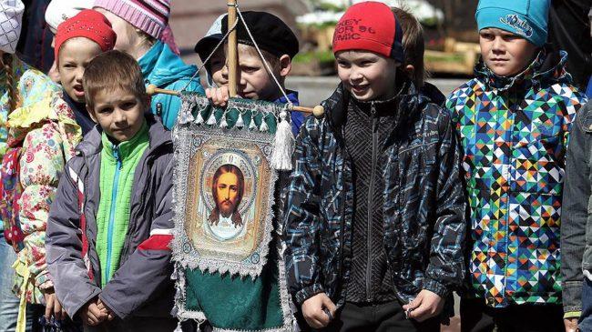 Предлага се православието да залегне в програмата на руските училища