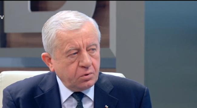 Ген. Михо Михов посочи най-голямата грешка на Ненчев в отношението му към Русия