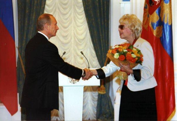 """Путин с благодарност към националния балет на Русия """"Березка"""""""