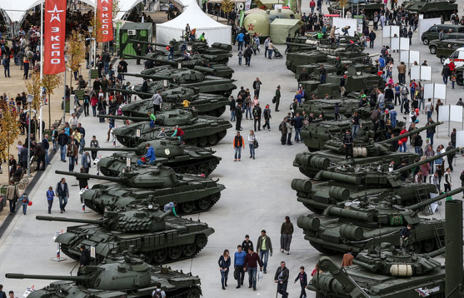 Русия е продала военна техника на стойност $14 млрд. през 2016