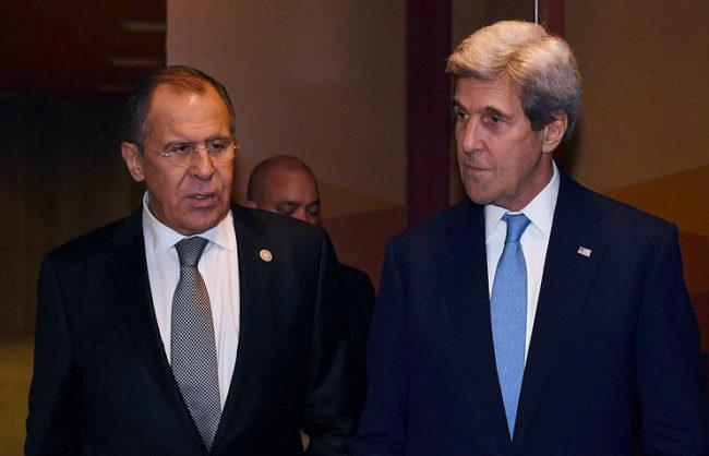 Кери и Лавров обсъдиха боевете в Алепо